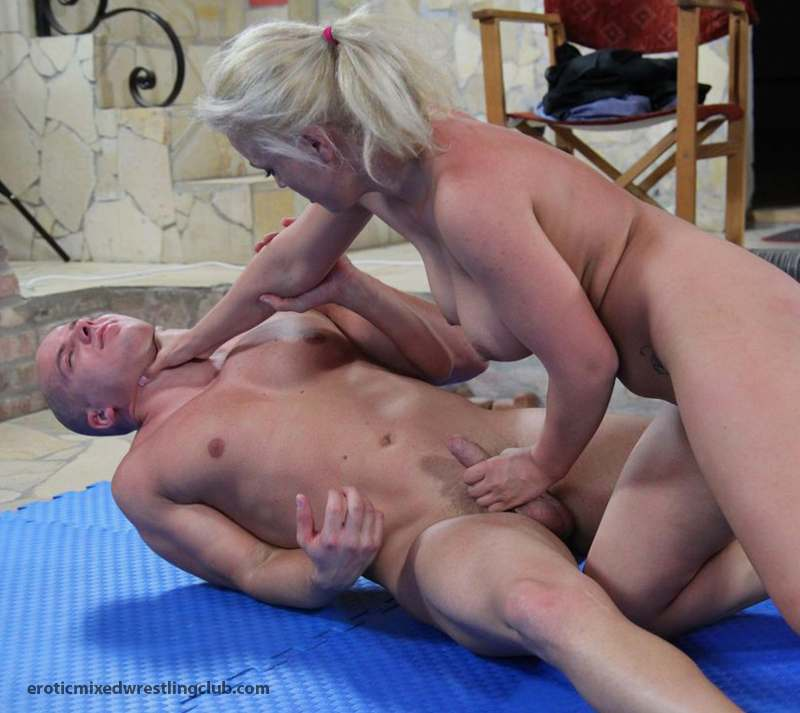 Wife huge tit sex pic archives